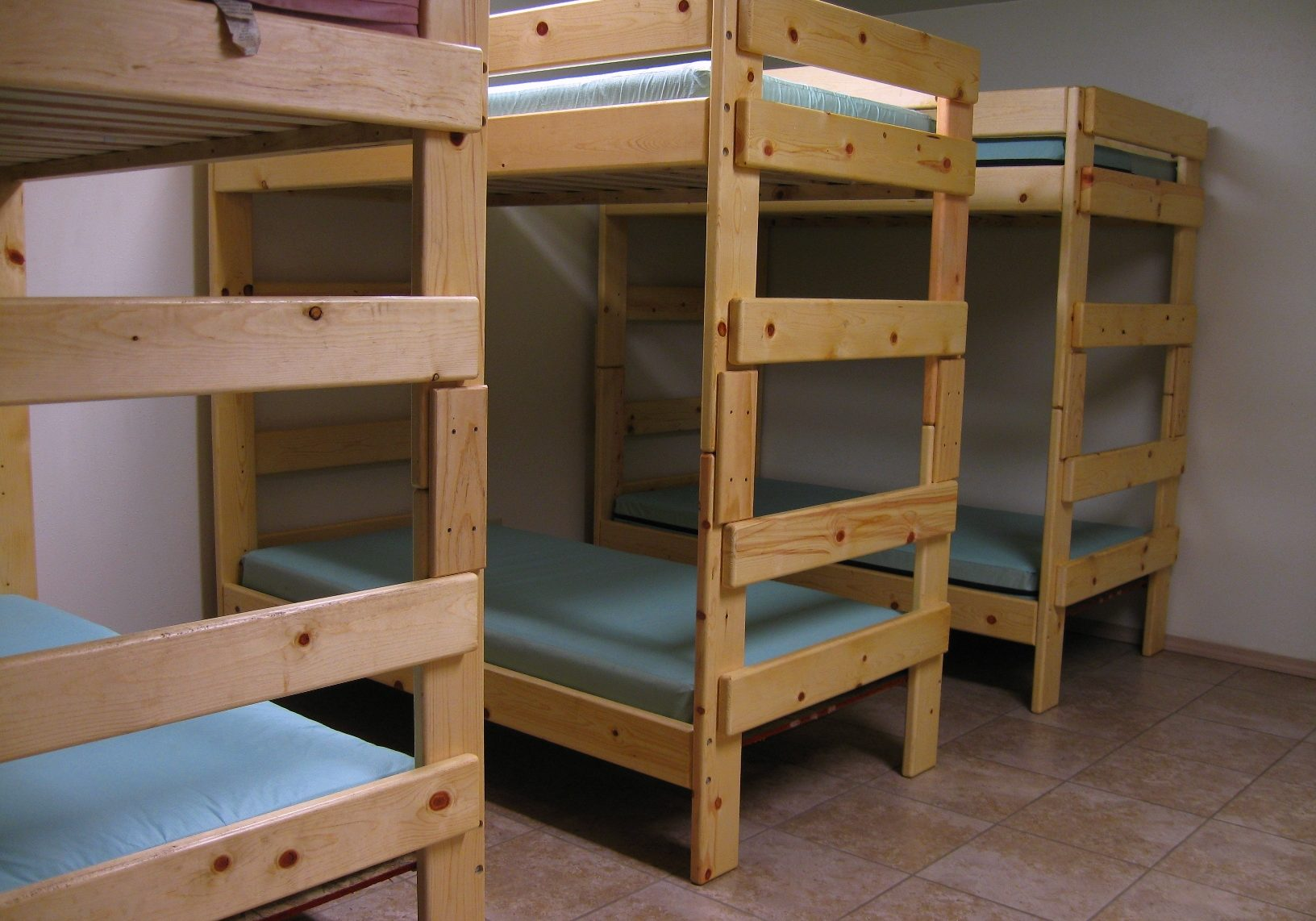 delux-cabin-beds